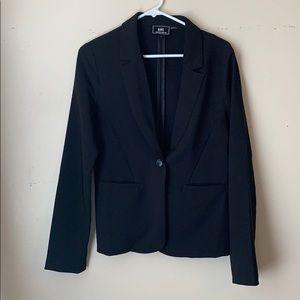 Black single button blazer